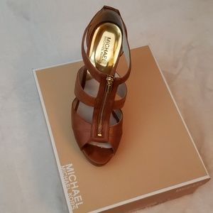 Michael Kors Shoes - Michael kors